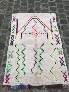 die besten 25 marokkanische teppiche ideen auf pinterest kelim teppiche t rkische teppiche. Black Bedroom Furniture Sets. Home Design Ideas