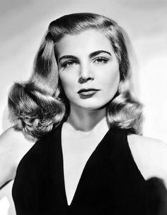 The alluring Lizabeth Scott, late-1940s.