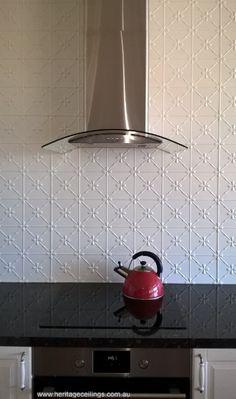 Kitchen Remodeling Trends Pressed metal splash back Kitchen Tiles, Kitchen Colors, Kitchen Decor, Kitchen Soffit, Diy Kitchen, Kitchen Furniture, Home Renovation, Pressed Metal, Inspiration