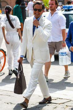 機能性も男らしさもひとしおな4ポケットのテーラードジャケットで半歩先行くコーデを作る Mens Fashion Wear, Men's Fashion, Classic Man, Gentleman, Suit Jacket, Pure Products, Coat, Jackets, How To Wear