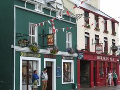 The Linen Chest and Murphy's Pub, main waterfront street of An Daingean (Dingle), Co. Kerry, Ireland.