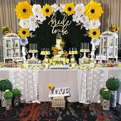 Kate Spade Bridal Shower Theme Backdrop 53 Ideas For 2019 Sunflower Birthday Parties, Sunflower Party, Sunflower Baby Showers, Bridal Shower Tables, Bridal Shower Party, Bridal Shower Decorations, Wedding Decorations, Home Design, Kate Spade Bridal