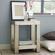 I love the Parsons End Table - Metal on westelm.com