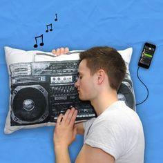 Retro Style Boombox iPod Mp3 Musica Pillow - regali per i ragazzi adolescenti