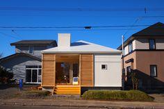 ご紹介したいのは、低予算でも地域の人に愛されるようなカフェ空間を実現した建物です。祐建築設計室が手掛けたこちらのカフェは…