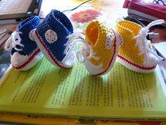 crochet shoes Bellisime Converse All Star all'uncinetto tutorial http://ricamomagliaecucito.blogspot.it/ https://www.facebook.com/UnaTiraLAltra