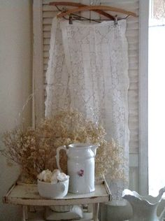 . . . Cabin & Cottage : What I Like to Find When I Go Thrifting