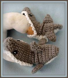 Shark slippers * Image