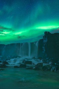 expressions-of-nature:  Grand Emerald Dream | Öxarárfoss, Iceland |Gift of Light