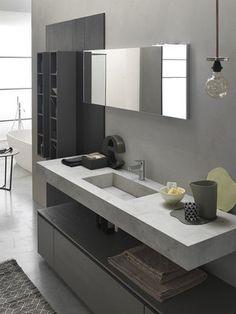 Mobiletto per bagno grande Bathroom Design Luxury, Bathroom Design Small, Modern Bathroom, Home Interior Design, Bathroom Design Inspiration, Bad Inspiration, Black Bathroom Floor, Black Bathrooms, Modern Vanity