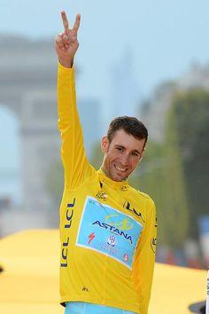 TDF 2014 Vincenzo Nibali (Astana) all smiles on the final podium Photo credit © Bettini Photo