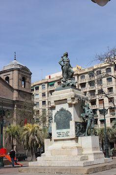 Agustina de Aragón de Mariano Benlliure, Zaragoza.