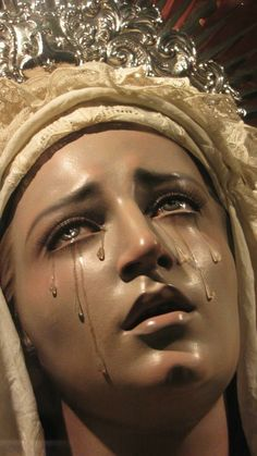 Oh god it hurts like hell ⏳ Catholic Art, Religious Art, Tableaux Vivants, Our Lady Of Sorrows, Angel Aesthetic, Biblical Art, Mother Mary, Christian Art, Kirchen