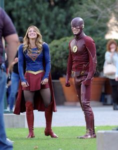 "Melissa Benoist and Grant Gustin filming ""Supergirl"""