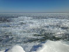 Lake Superior ice Bete Grise Bay. March 4th 2017 [OC] [32642448] [x-post from r/yooper] #reddit