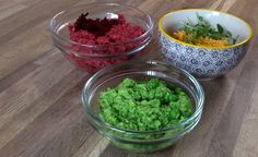 Ærtemos, gulerodsbønnedip og rødbedehummus. Her får du opskriften på tre slags dip lige til madpakken.