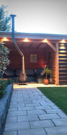 While ancient around notion, a pergola has been experiencing a bit of a modern-day rebirth Vinyl Pergola, Rustic Pergola, Pergola Carport, Building A Pergola, Corner Pergola, Deck With Pergola, Backyard Pergola, Pergola Shade, Backyard Landscaping