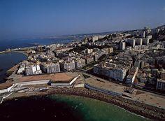 YannArthusBertrand2.org - Fond d écran gratuit à télécharger || Download free wallpaper - La plage des Sablettes, Bab-el-Oued, Algérie (36°48' N - 3°02' E).