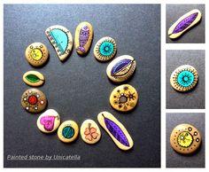 Mini kamyczki na pierścionki, wisiorki i do ręki :)  Mini painted stones by Unicatella  #unicatella, #paintedstones, #malowanekamienie,