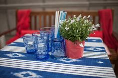 Stretnutie s novinármi - Get green kampaň Stará tržnica Dobre&Dobre Table Decorations, Tableware, Green, Home Decor, Dinnerware, Decoration Home, Room Decor, Tablewares, Dishes