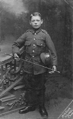 HAH Storyline: Children going to war. 13 year old boy reported to be a member of The Cheshire Regiment during WWI. World War One, Second World, First World, British Soldier, British Army, Antique Photos, Vintage Photos, Old Pictures, Old Photos