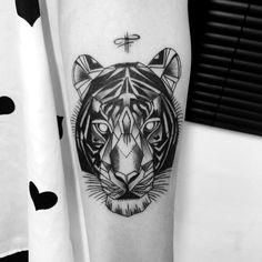 tiger tattoo by fernanda prado #tattoo #fernanda #prado #fernandaprado #tiger