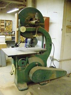 1920 Oliver 117-A Band saw Woodworking Jobs, Tips, Advice, Counseling