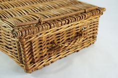 Vintage Willow Wicker Picnic Basket w/ Lid, Dowel Closure, Rectangular Weathered Flat Top Basket, Storage Container, Kitchen, Free Shipping