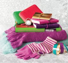 Merry & Bright! #MagicalHoliday #indigo Warm colors and comfy throws to keep the winter chills away.