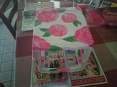 DIY Lilly painted makeup container