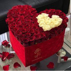 Valentines Flowers, Valentines Day Decorations, Flower Decorations, Flower Box Gift, Flower Boxes, Luxury Flowers, Roses Luxury, Box Roses, Flower Boutique