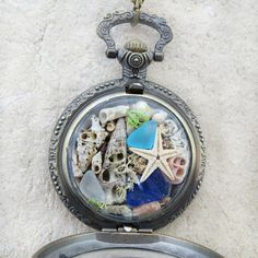 Hey, I found this really awesome Etsy listing at https://www.etsy.com/au/listing/261176102/antique-locket-necklace-steampunk