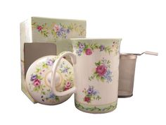 New Ashdene Kensington 3pc mug lid and infuser set, fine bone china, gift idea