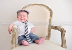 just beautiful.  Welker Photography LOVES This photo.  IS he just adorable?  I think I want to kiss each and every toe and tickle that little belly and kiss those cheeks until he giggles.  OH, I do miss my little babies that have grown up!