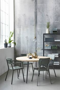 The House Doctor Ace chair looks great in any home. Combine the Ace House Doctor with other House Doctor furniture for a great look! Round Dinning Room Table, Modern Dinning Table, Dinning Table Design, House Doctor, Interior Architecture, Interior Design, Dining Room Inspiration, Deco Design, Hygge