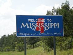 Our 2010 Summer Road Trip  Yes, I took pictures of all the State Signs