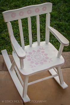 DIY Chair with Vintage Decor Paint from #marthastewartcrafts