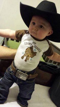 Cute Little Boy Country Outfits with 25 Adorable Ideas - Outfit & Fashion Baby Boy Cowboy, Little Cowboy, Lil Boy, Cute Baby Boy, Cute Baby Clothes, Baby Love, Cute Kids, Cute Babies, Cowboy Baby Names