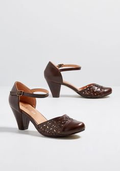 Chelsea Crew Thoughtful Blossoms Cutout Heel in Dark Brown