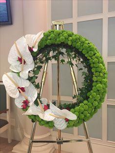 Wreaths Source by Funeral Floral Arrangements, Tropical Floral Arrangements, Large Flower Arrangements, Flower Arrangement Designs, Tropical Flowers, Christmas Flower Decorations, Grave Decorations, Deco Floral, Arte Floral