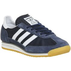 Adidas Sl 72 (8655 RSD) ❤ liked on Polyvore featuring shoes, athletic shoes, trainers, unisex sports, striped shoes, stripe shoes, suede leather shoes, retro shoes and suede shoes