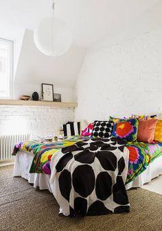 Love these linens and colors! Marimekko Home S/S 2016 press event Marimekko, Bed Design, House Design, Beautiful Bedrooms, Interior Accessories, Home Collections, Home Bedroom, Home Textile, Apartment Living