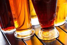 Sociedade da Cerveja leva Daniel Mã e banda Rádio Táxi ao Quintana Bar.