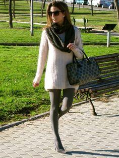Fashion and Style Blog / Blog de Moda . Post: The main item : The Jersey/La prenda principal : El Jersey   See more/ Más fotos en : http://www.ohmylooks.com/?p=5538 by Silvia García Blanco