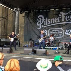 Pilsner Fest přilákal do pivovaru i na náměstí tisíce lidí. Podívejte se na fotky.... http://plzen.cz/pilsner-fest-prilakal-do-pivovaru-i-na-namesti-tisice-lidi-podivejte-se-na-fotky-43207/   Pilsner Fest 2015 / foto: Webphoto media SEO Plzeň http://plzen.cz/firma/alfa-omega-servis-wfb-media/ Tvorba a zhotovení moderních webových stránek. Tel: 777857021. WFB Media & Alfa – Omega servis SEO služby Plzeň. Tvorba webových prezentací. Fotografie nejen pro webové stránky. Fotografické práce…