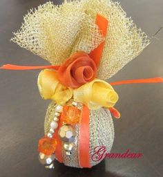 Marriage Advice From Divorced Woman Desi Wedding Decor, Indian Wedding Favors, Indian Wedding Decorations, Wedding Crafts, Wedding Gift Wrapping, Wedding Gift Boxes, Coconut Decoration, Housewarming Decorations, Handmade Rakhi
