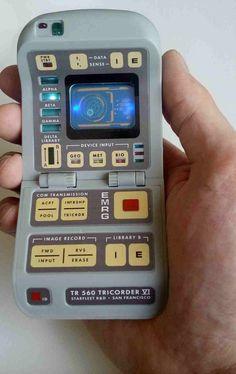 Star Trek Enterprise, Star Trek Voyager, Star Trek Tv, Star Wars, Star Trek Cosplay, Portable Tv, Gadgets, Star Trek Universe, Prop Design