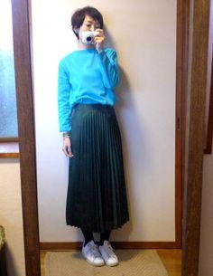 モコーデ: SAINT JAMESの鮮やかブルーとZARAスケバンスカートのコーデ 12月21日