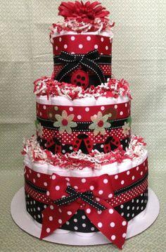 Modern Red Ladybug Diaper Cake for Baby Shower Centerpiece and New Baby Gift via Etsy    Modern Red Ladybug bolo de fraldas para o chá de fraldas da peça central e New Baby Gift via Etsy