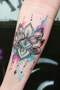20+ Beautiful Lotus Tattoo Ideas